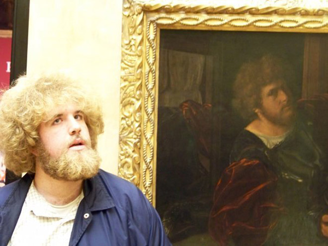Funny case of art museum doppelgänger.