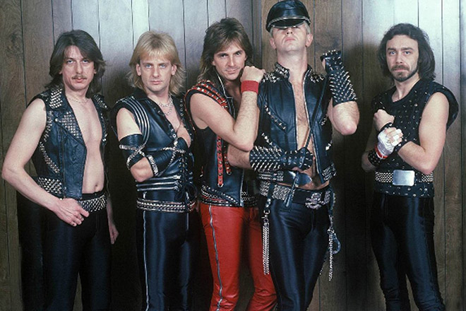 Awkward metal band photo.