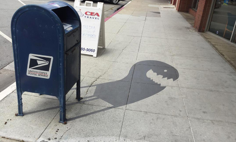 Street Artist Paints Fake Shadows To Confuse People