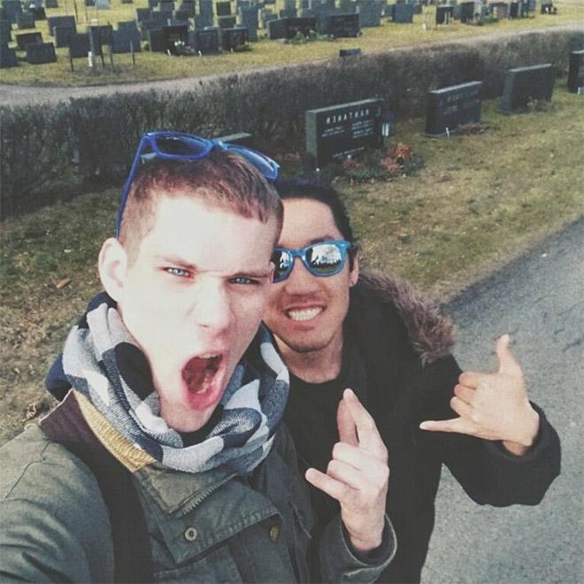 #CemeterySelfie