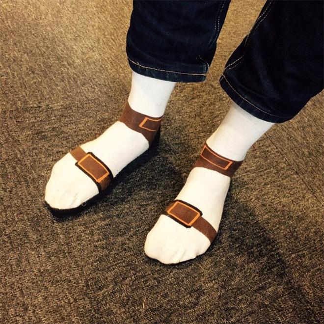 Crime against fashion: sock sandals!