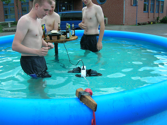 Redneck engineering.