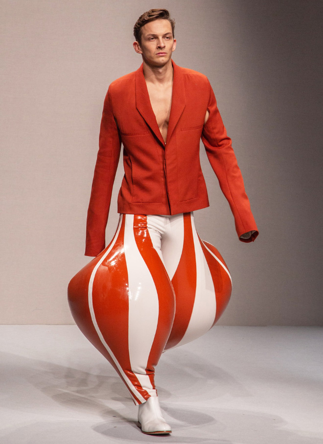 Male fashion fail.