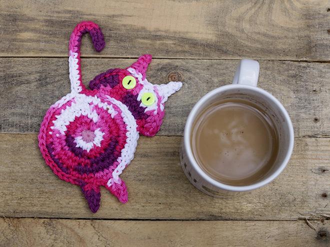 Cat butt coffee mug coaster.