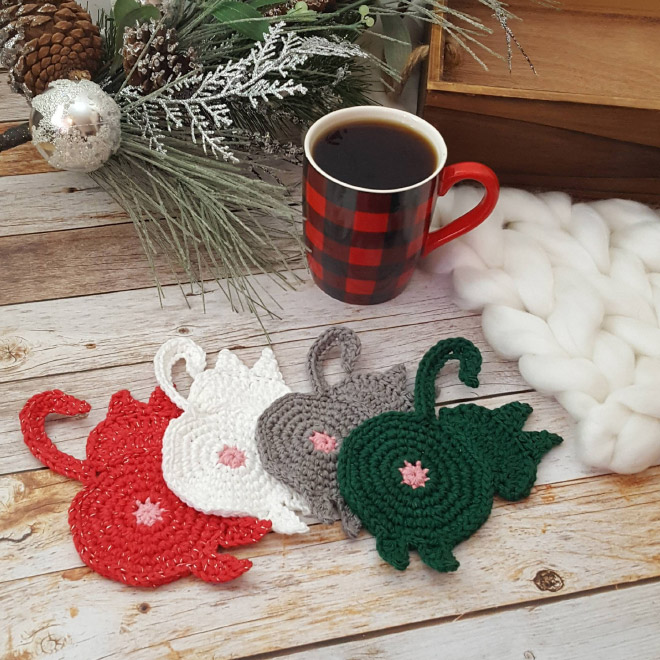 Christmas style cat butt coasters.