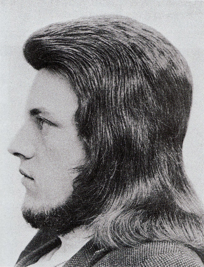 1970s men's hairstyle.