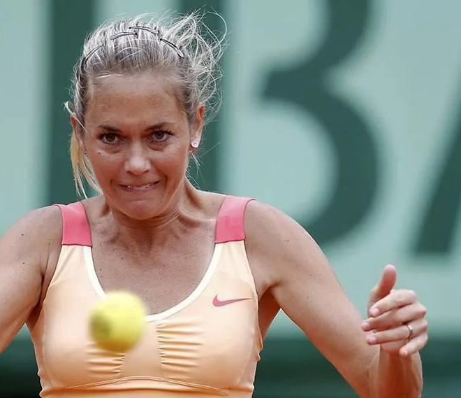 Tennis télékinésique.