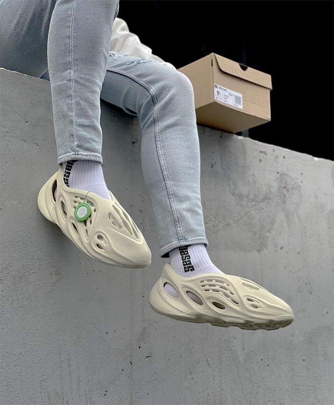 Kanye West's Yeezy Foam Runners... are so damn ugly!