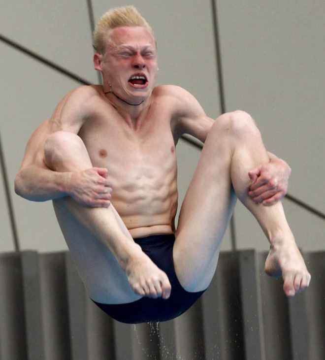 Funny Olympic diving face.