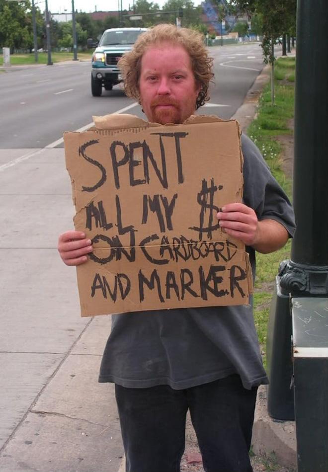 Signe de mendiant drôle.